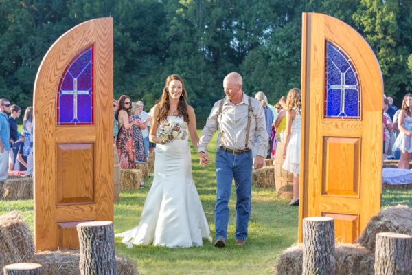 outdoor wedding jody aisle