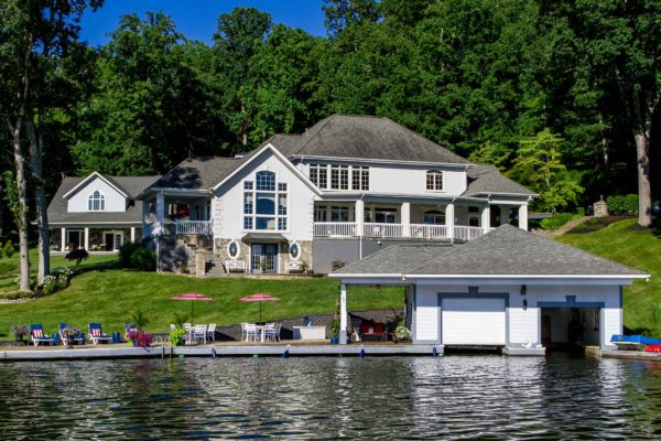 architecture photography lake house view