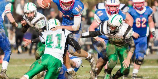 sports footgraphy football high school playoffs