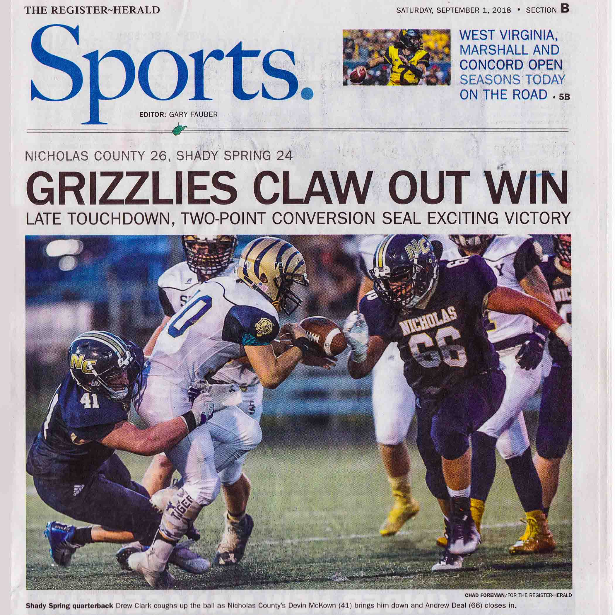 sports photography portfolio newspaper grizzlies